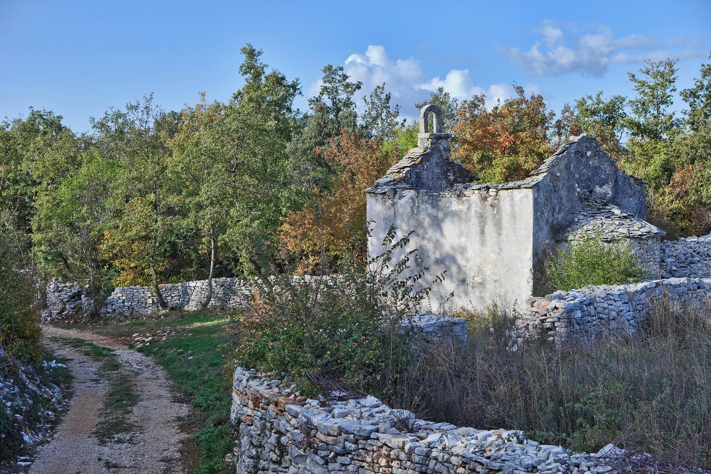 crkva-sv-martina_mednjan_apsida