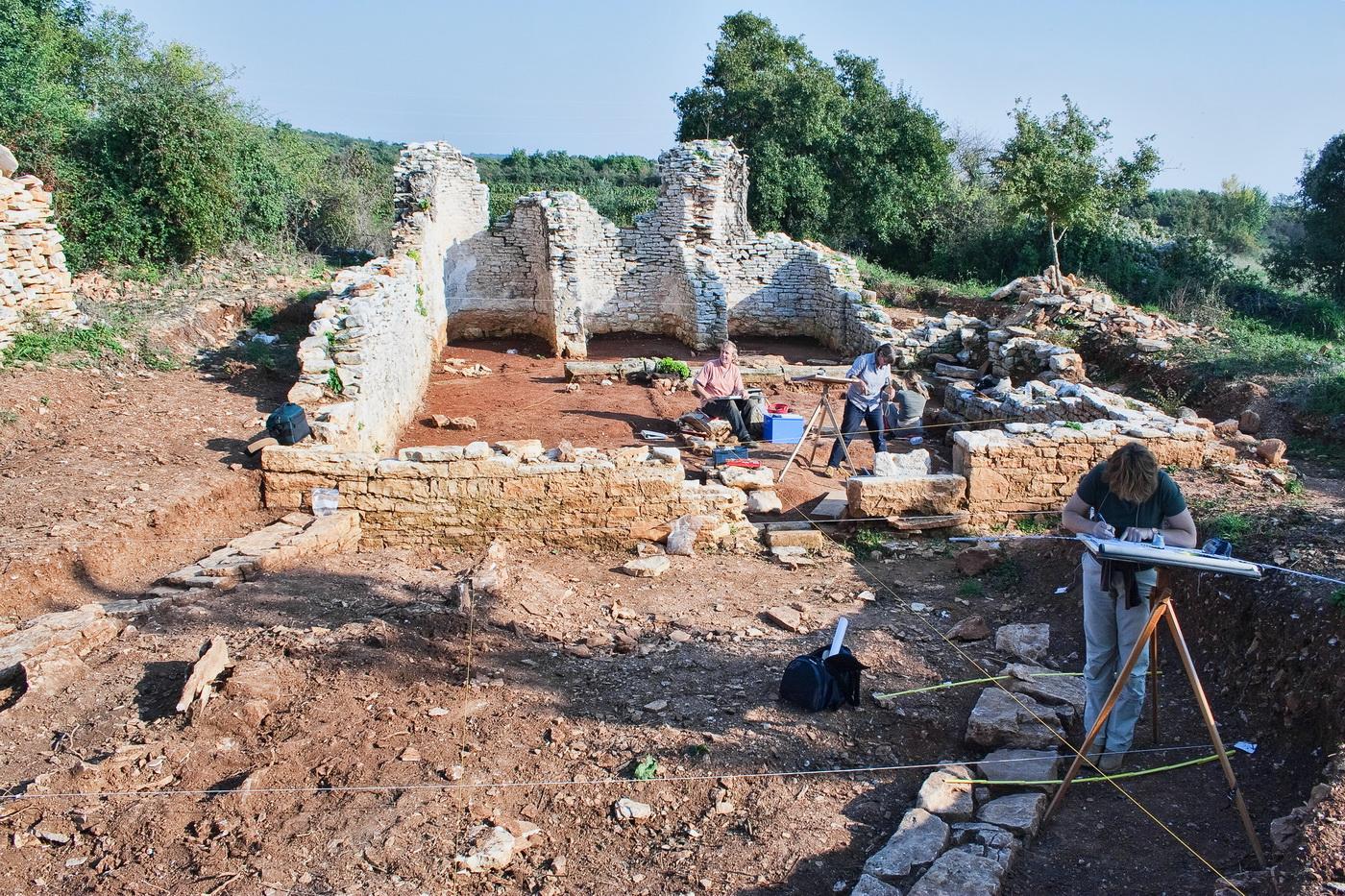 crkva-sv-simuna-i-arheolozi