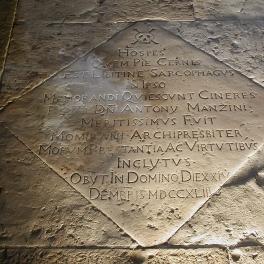 grobniica-don-antonia-manzina-u-crkva-karmelske-gospe