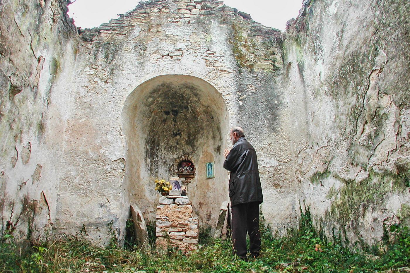 crkva-sv-martina_m-pokrivka-u-molitvi